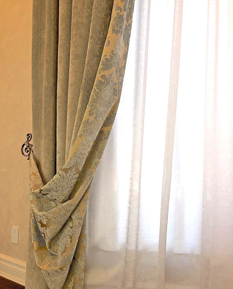 wci-window-treatments-traditional-01
